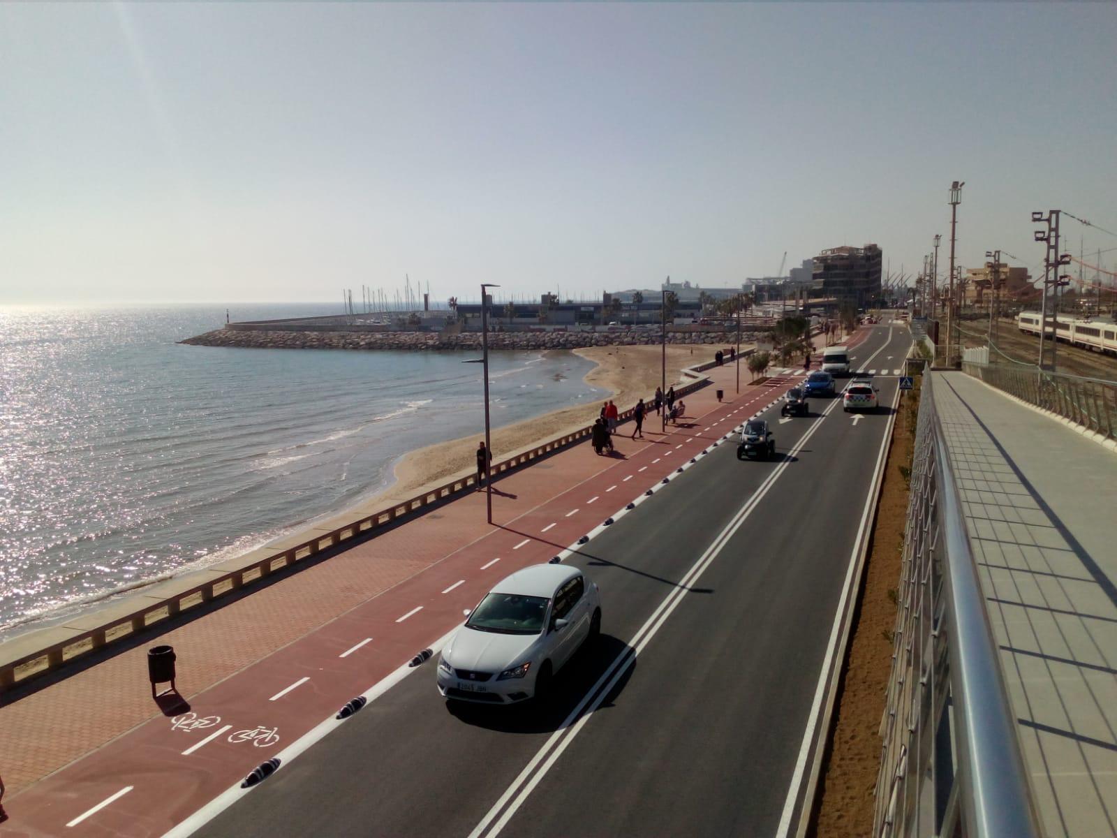 Urbanización del paseo de la playa del Miracle